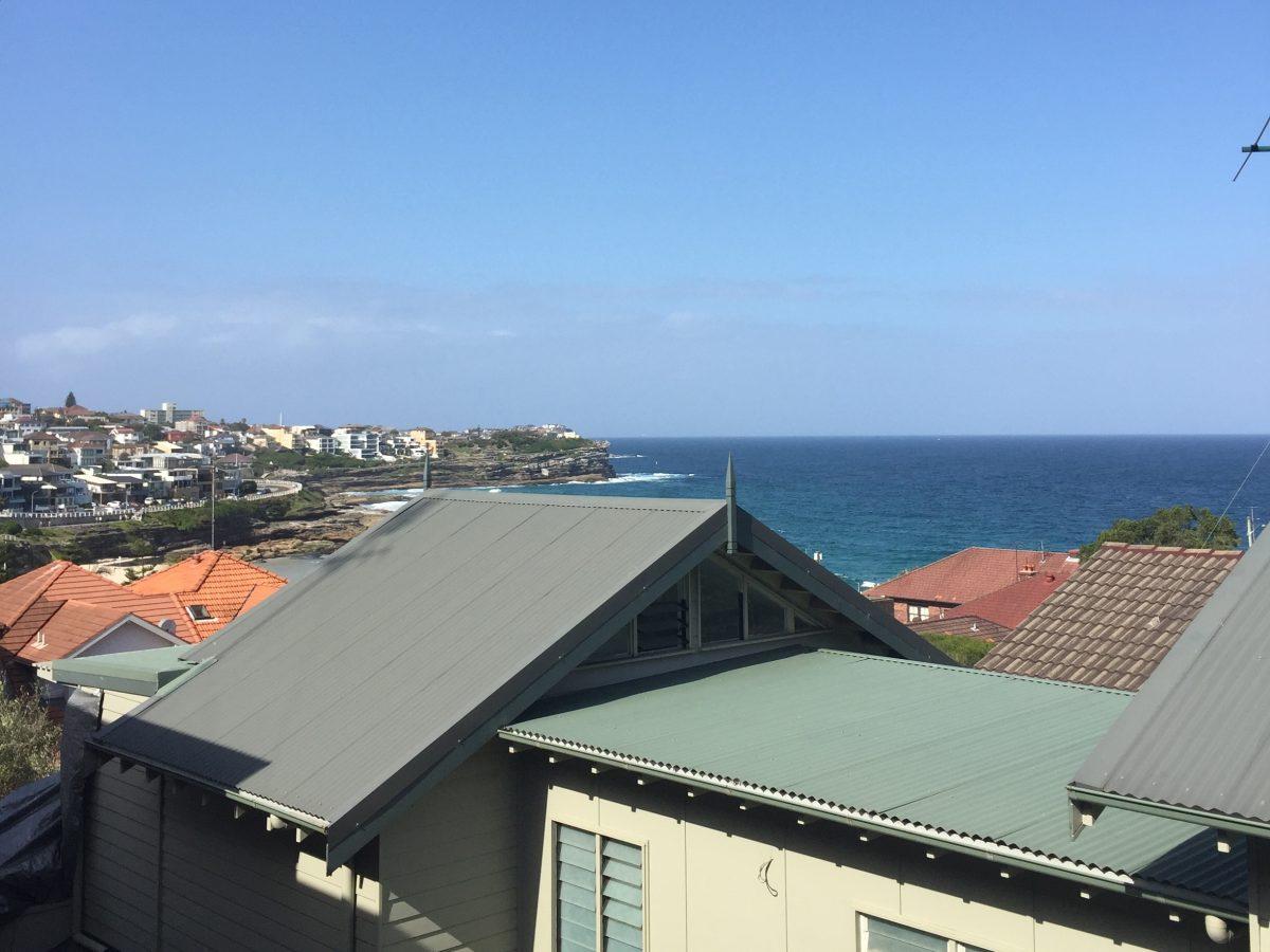 Airbnb Ocean View at Bronte Beach