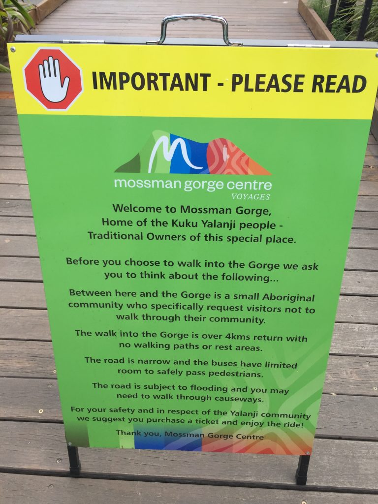 welcome sign at the Mossman Gorge in the Daintree Rainforest