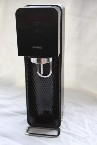 The SodaStream Source machine