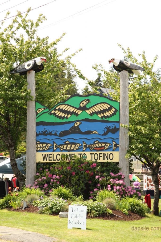 Welcome to Tofino sign