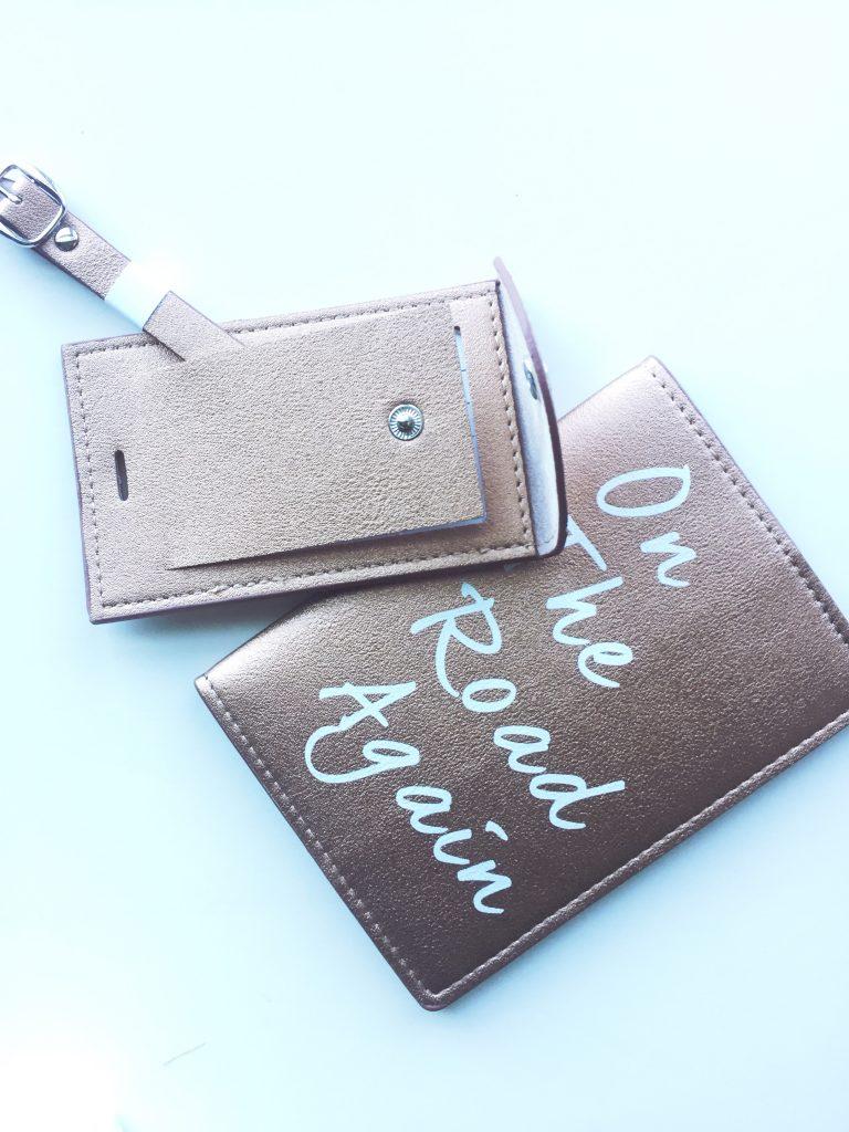 FabFitFun Summer 2017 Understated Leather Passport Holder & Luggage Tag