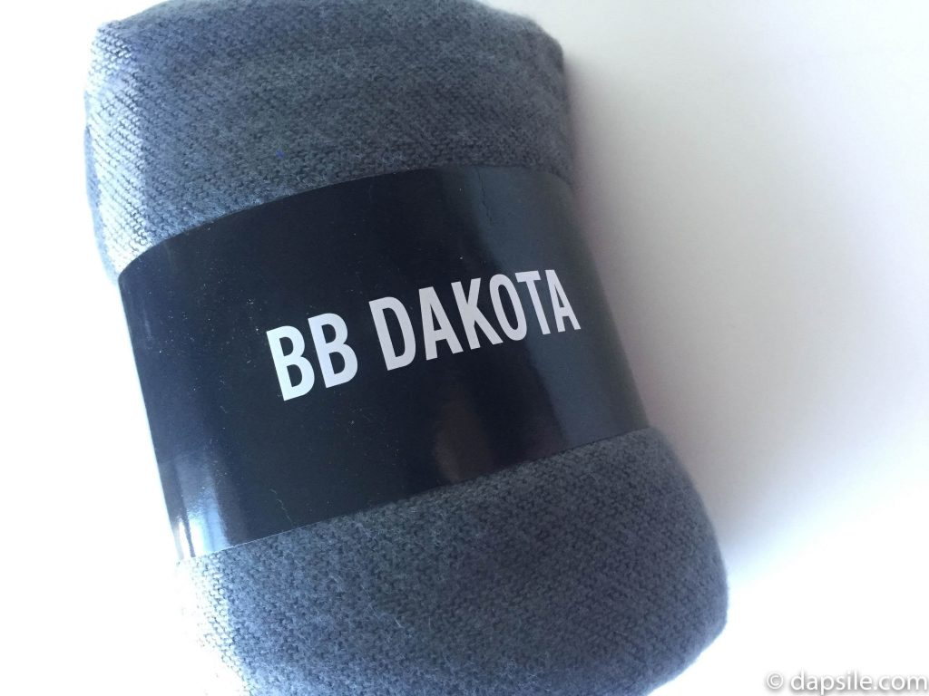BB Dakota Poncho Scarf from the FabFitFun Winter 2017 subscription box