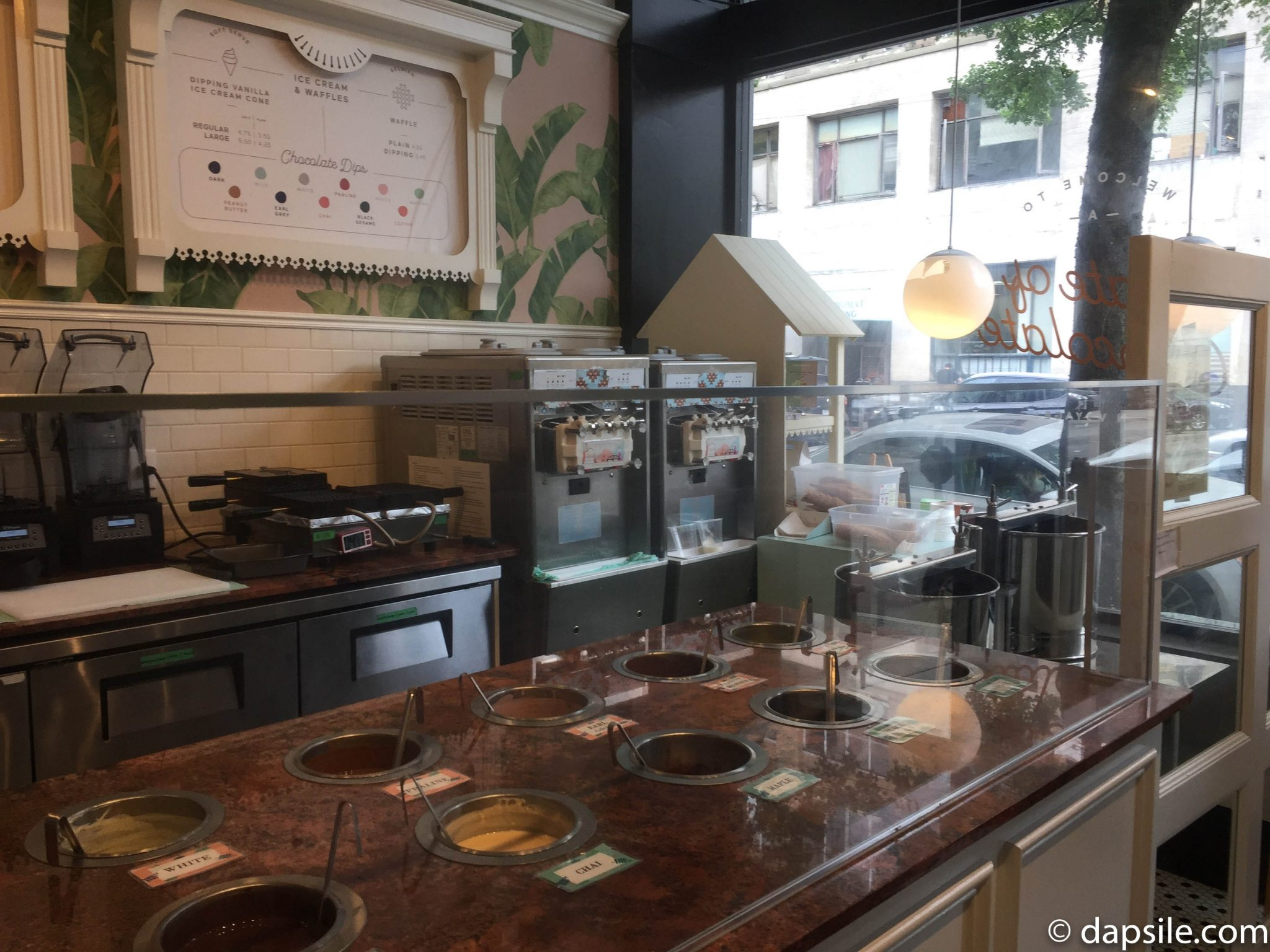 Cacao 70 Dip Shop
