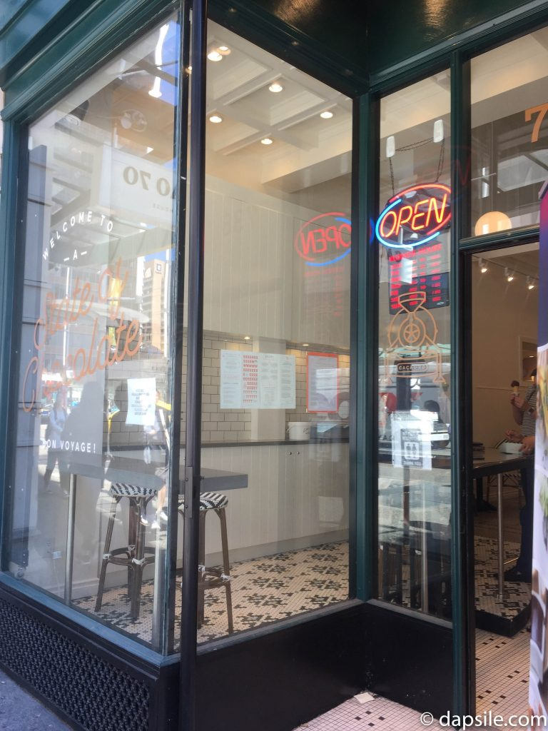 Cacao 70 Sweet House Store Front