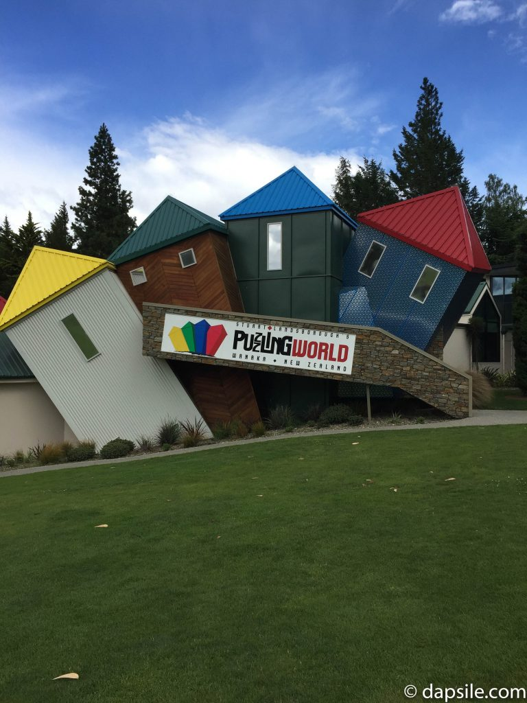 Puzzling World Sign of Crazy Houses