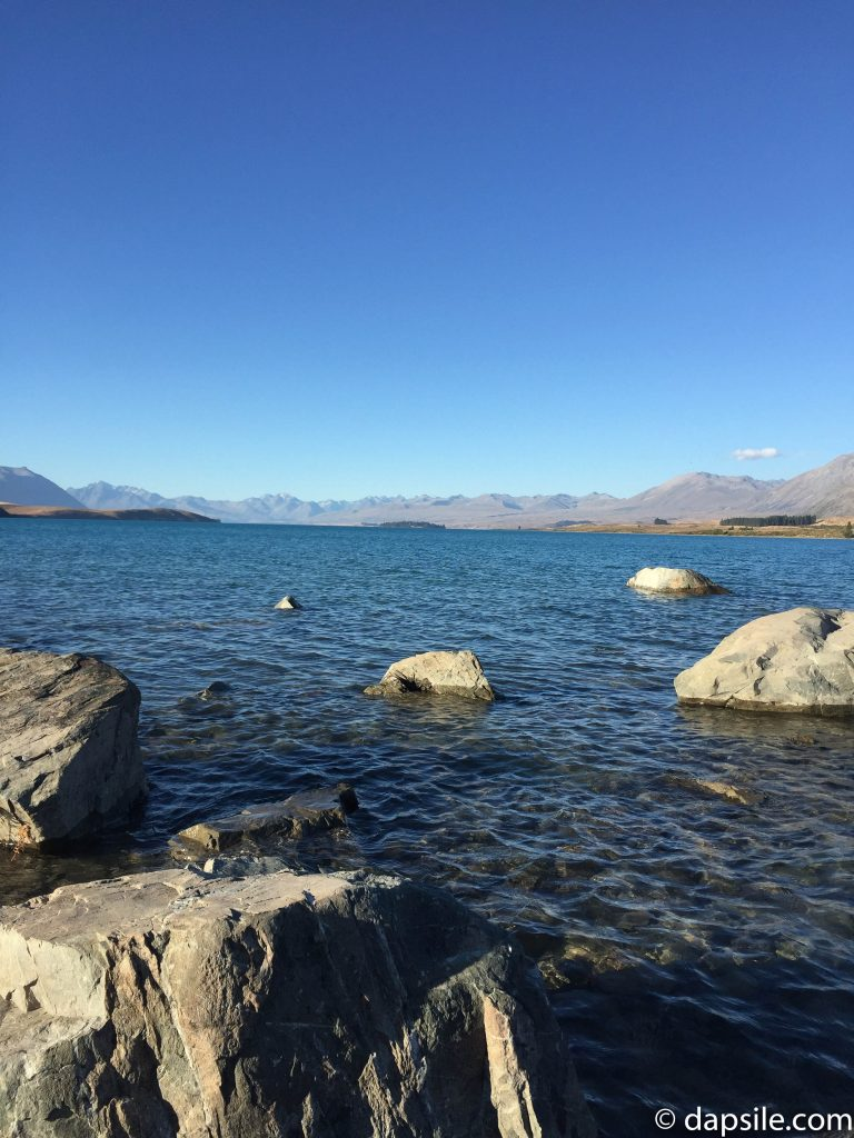 Rocks on the edge in Lake Tekapo